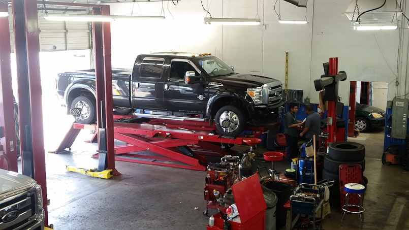 car-repair-9996
